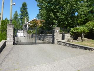 Photo 2: 8075 GOVERNMENT Road in Burnaby: Government Road House for sale (Burnaby North)  : MLS®# V965474