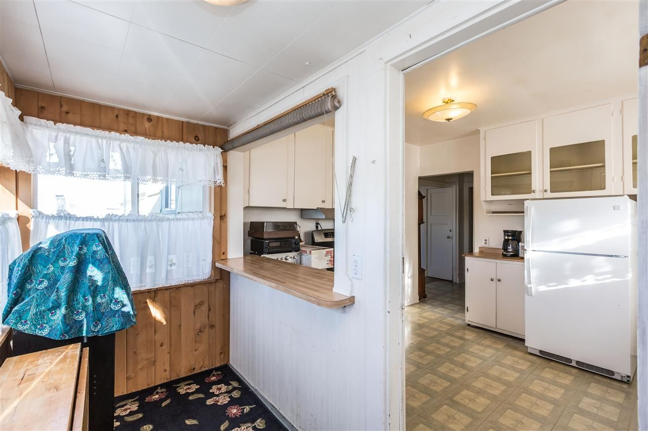 Photo 3: Photos: 722 EWEN Avenue in New Westminster: Queensborough House for sale : MLS®# R2244646