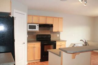 Photo 2: 17823 90 Street in Edmonton: Zone 28 House for sale : MLS®# E4237270