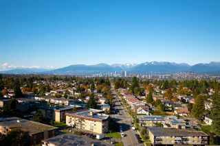 """Photo 7: 2201 7325 ARCOLA Street in Burnaby: Highgate Condo for sale in """"ESPRIT 2"""" (Burnaby South)  : MLS®# R2522459"""