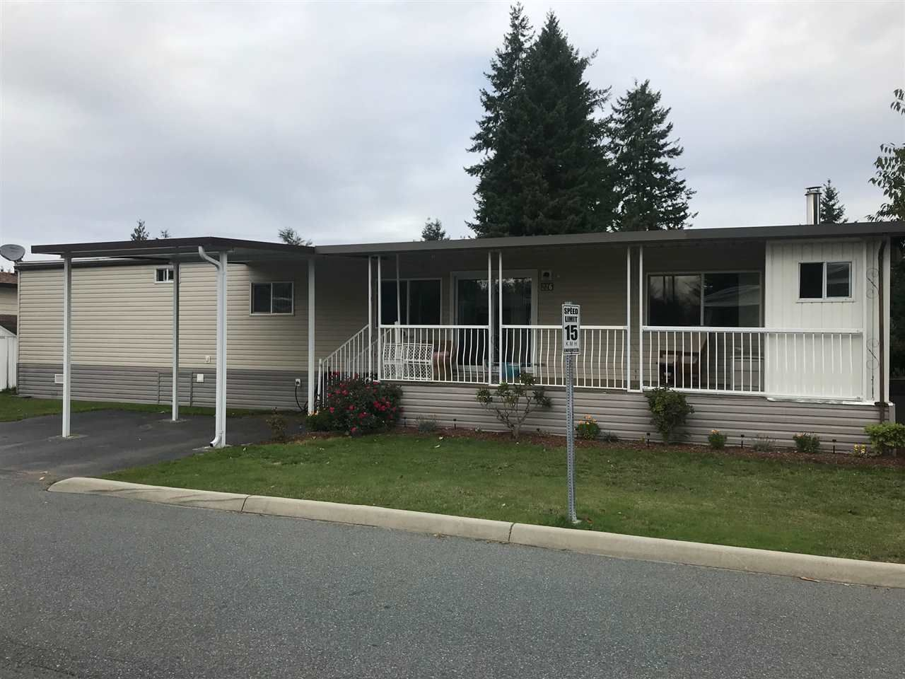 "Main Photo: 226 3665 244 Street in Langley: Otter District Manufactured Home for sale in ""Langley Grove Estates"" : MLS®# R2410588"