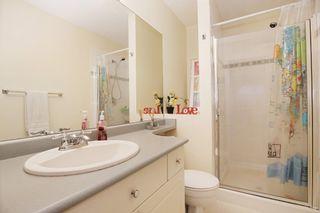 "Photo 12: 407 33478 ROBERTS Avenue in Abbotsford: Central Abbotsford Condo for sale in ""Aspen Creek"" : MLS®# R2173425"