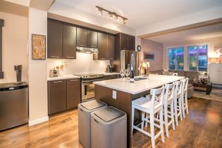 Photo 3: 28 2418 AVON Place in Port Coquitlam: Riverwood Townhouse for sale : MLS®# R2396554