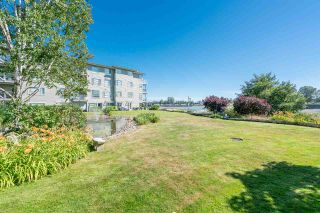 """Photo 19: 1930 E KENT AVENUE SOUTH in Vancouver: South Marine Townhouse for sale in """"Harbour House"""" (Vancouver East)  : MLS®# R2380721"""