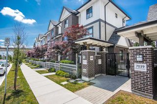 """Photo 1: 41 7039 MACPHERSON Avenue in Burnaby: Metrotown Townhouse for sale in """"VILLO METROTOWN BY BUCCI"""" (Burnaby South)  : MLS®# R2380498"""