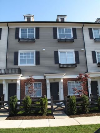 """Photo 2: 84 7233 189 Street in Surrey: Clayton Townhouse for sale in """"Tate"""" (Cloverdale)  : MLS®# R2580526"""