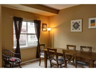 """Photo 2: 17 1055 RIVERWOOD Gate in Port Coquitlam: Riverwood Townhouse for sale in """"MOUNTAIN VIEW ESTATES"""" : MLS®# V1001823"""