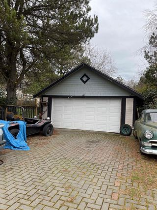 Photo 3: 971 Cloverdale Ave in : SE Quadra House for sale (Saanich East)  : MLS®# 868862