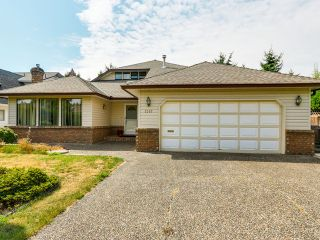 Photo 2: 2307 151A ST in Surrey: Sunnyside Park Surrey House for sale (South Surrey White Rock)  : MLS®# F1420974