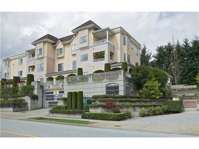 "Main Photo: 202 523 WHITING Way in Coquitlam: Coquitlam West Condo for sale in ""BROOKSIDE MANOR"" : MLS®# V1059447"