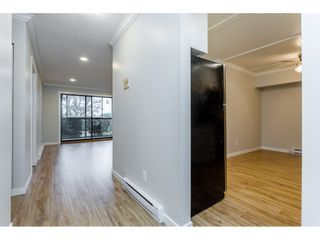 """Photo 7: 109 32910 AMICUS Place in Abbotsford: Central Abbotsford Condo for sale in """"Royal Oaks"""" : MLS®# R2256769"""