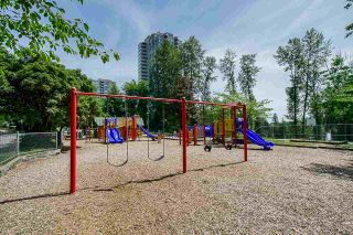 """Photo 17: 2 9584 MANCHESTER Drive in Burnaby: Cariboo Condo for sale in """"BROOKSIDE PARK"""" (Burnaby North)  : MLS®# R2376673"""