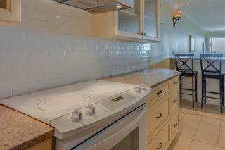 Photo 12: 2320 Esplanade in : OB Estevan Condo for sale (Oak Bay)  : MLS®# 855361