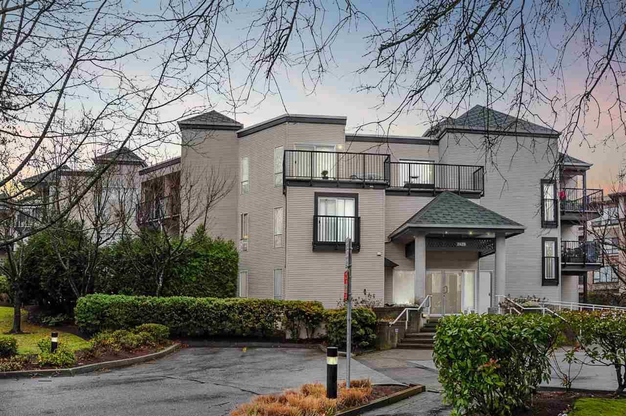 Main Photo: 211 2429 HAWTHORNE AVENUE in Port Coquitlam: Central Pt Coquitlam Condo for sale : MLS®# R2328778
