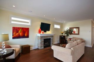 Photo 2: 3191 Broadway Street in Richmond: Home for sale : MLS®# V934766