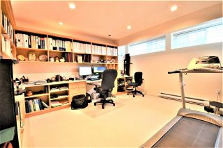 Photo 17: 25 5201 OAKMOUNT Crescent in Burnaby: Oaklands Townhouse for sale (Burnaby South)  : MLS®# R2610087