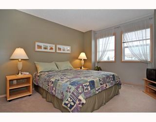 Photo 8: 10 SHAWBROOKE Court SW in CALGARY: Shawnessy Townhouse for sale (Calgary)  : MLS®# C3377313