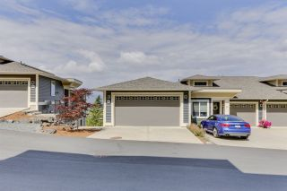 """Photo 3: 32 6026 LINDEMAN Street in Chilliwack: Promontory Townhouse for sale in """"Hillcrest Lane"""" (Sardis)  : MLS®# R2485798"""