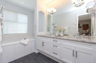 Photo 19: 124 75 Songhees Rd in Victoria: VW Songhees Row/Townhouse for sale (Victoria West)  : MLS®# 862955