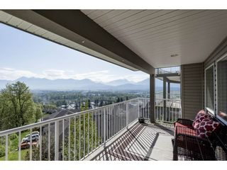 """Photo 31: 127 8590 SUNRISE Drive in Chilliwack: Chilliwack Mountain Townhouse for sale in """"Maple Hills"""" : MLS®# R2571129"""