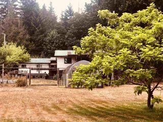 Photo 1: 2897 SUNSHINE COAST Highway: Roberts Creek House for sale (Sunshine Coast)  : MLS®# R2602692