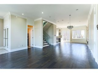 Photo 4: 8 GLYNDE AVE - LISTED BY SUTTON CENTRE REALTY in Burnaby: Capitol Hill BN House for sale (Burnaby North)  : MLS®# V1109161