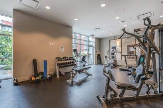 """Photo 20: 1104 89 W 2ND Avenue in Vancouver: False Creek Condo for sale in """"PINNACLE LIVING FALSE CREEK"""" (Vancouver West)  : MLS®# R2250974"""