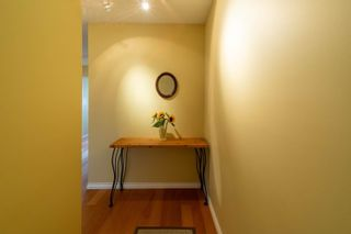 Photo 2: 304 150 E 5TH Street in North Vancouver: Lower Lonsdale Condo for sale : MLS®# R2621286