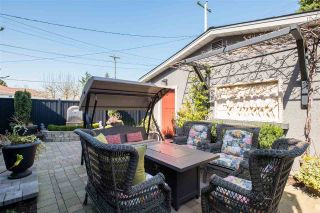 Photo 35: 2553 DUNDAS Street in Vancouver: Hastings Sunrise House for sale (Vancouver East)  : MLS®# R2559964