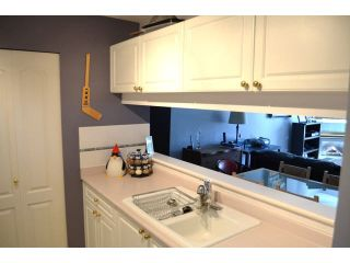 """Photo 7: 306 1588 BEST Street: White Rock Condo for sale in """"THE MONTEREY"""" (South Surrey White Rock)  : MLS®# F1432926"""