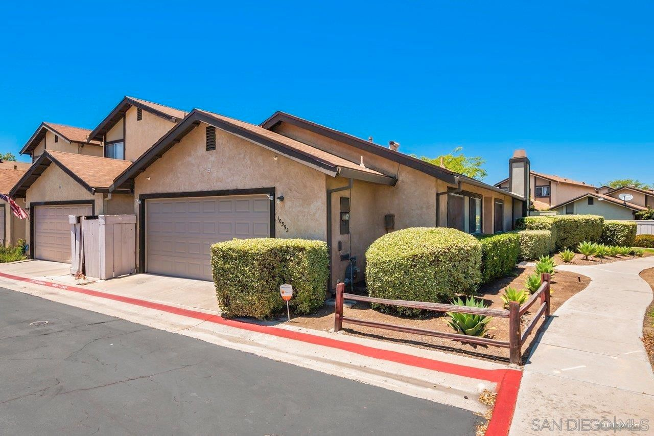 Main Photo: SANTEE House for sale : 3 bedrooms : 10392 Rochelle Ave