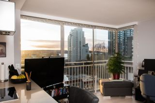 """Photo 2: 402 1250 BURNABY Street in Vancouver: West End VW Condo for sale in """"The Horizon"""" (Vancouver West)  : MLS®# R2529902"""