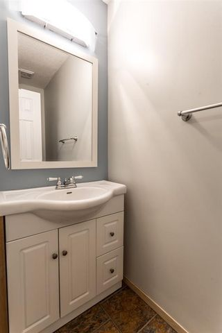Photo 9: 7 50 8 Avenue SE: High River Row/Townhouse for sale : MLS®# A1146781