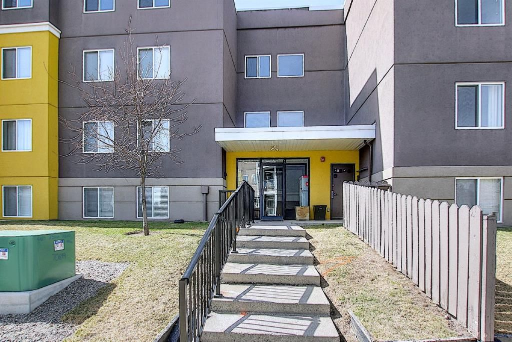 Main Photo: 102 4455A Greenview Drive NE in Calgary: Greenview Apartment for sale : MLS®# A1088042