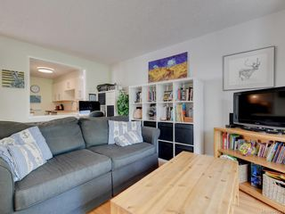 Photo 4: 5 954 Queens Ave in : Vi Central Park Row/Townhouse for sale (Victoria)  : MLS®# 845721