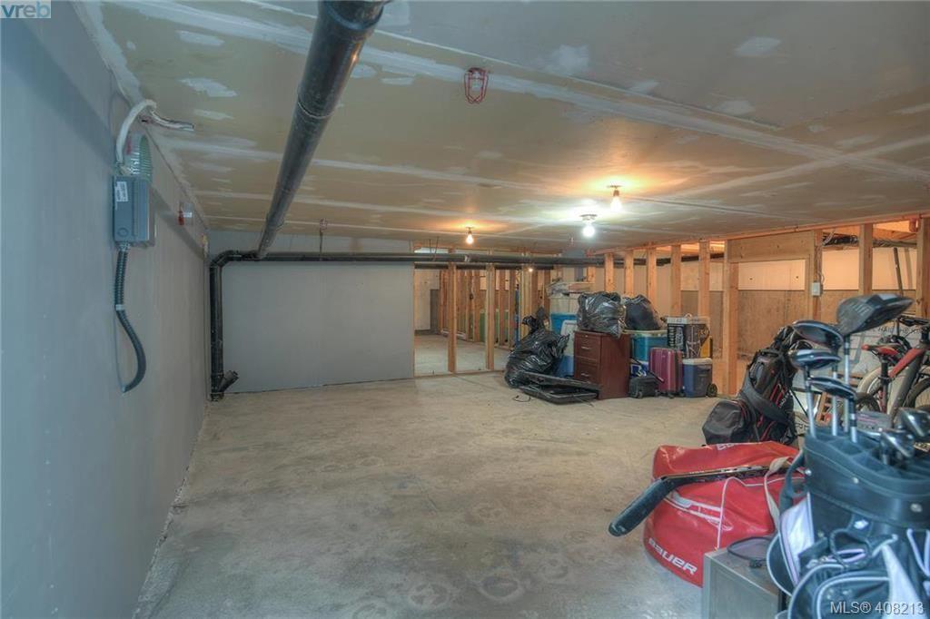 Photo 41: Photos: A & B 3232 Loledo Pl in VICTORIA: La Luxton Full Duplex for sale (Langford)  : MLS®# 811181