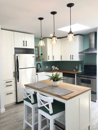 """Photo 17: 282 1840 160 Street in Surrey: King George Corridor Manufactured Home for sale in """"Breakaway Bays"""" (South Surrey White Rock)  : MLS®# R2602713"""
