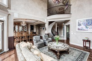 Photo 3: 64 Rockcliff Point NW in Calgary: Rocky Ridge Detached for sale : MLS®# A1125561