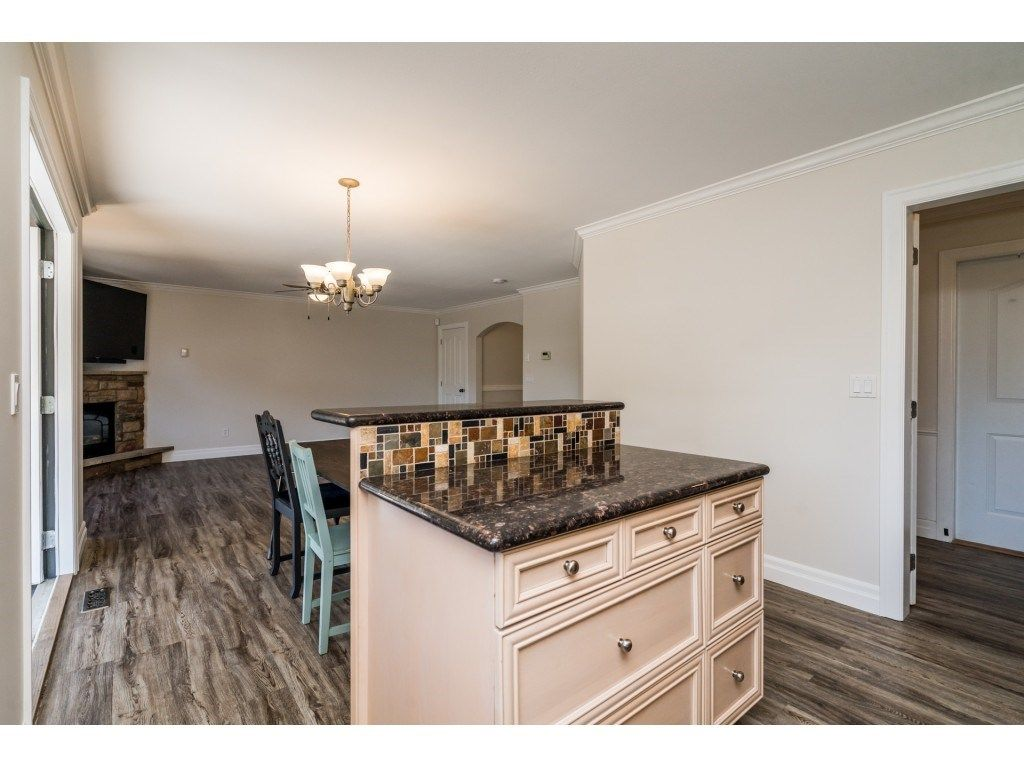 """Photo 29: Photos: 27 6450 BLACKWOOD Lane in Chilliwack: Sardis West Vedder Rd Townhouse for sale in """"The Maples"""" (Sardis)  : MLS®# R2480574"""