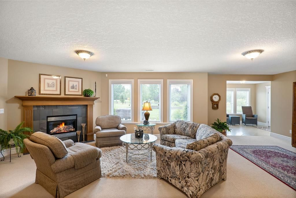 Photo 29: Photos: 15 Lynx Meadows Drive NW: Calgary Detached for sale : MLS®# A1139904