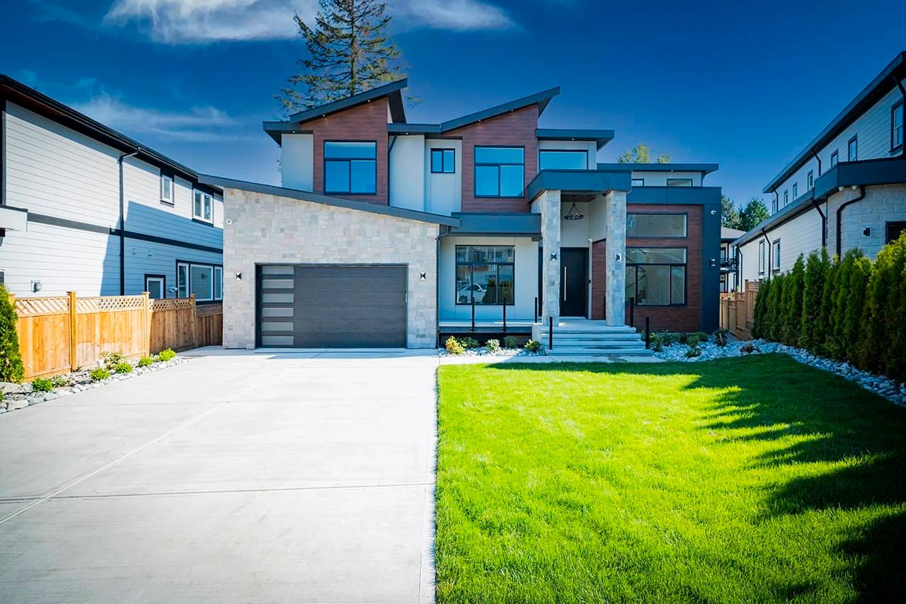 Main Photo: 20568 71 Avenue in Langley: Willoughby Heights House for sale : MLS®# R2607832