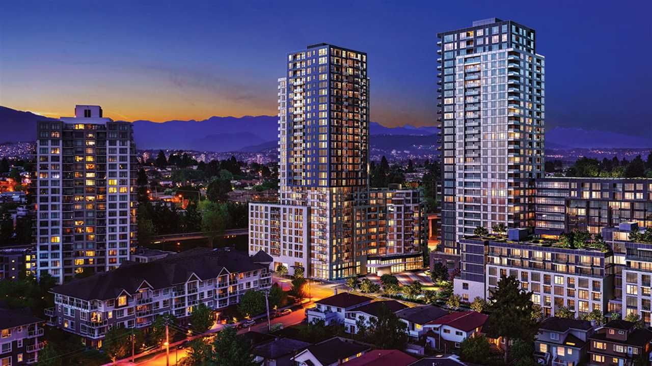 "Main Photo: 617 5470 ORMIDALE Street in Vancouver: Collingwood VE Condo for sale in ""WALL CENTER CENTRAL PARK TOWER 3"" (Vancouver East)  : MLS®# R2493731"