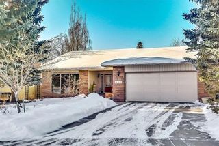 Photo 1: 447 Lake Placid Green SE in Calgary: Lake Bonavista House for sale : MLS®# C4162206