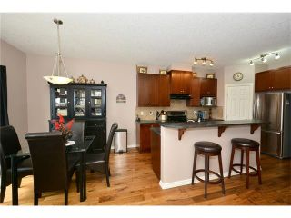 Photo 6: 193 ROYAL CREST VW NW in Calgary: Royal Oak House for sale : MLS®# C4107990
