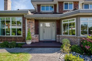 """Photo 2: 670 CLEARWATER Way in Coquitlam: Coquitlam East House for sale in """"Lombard Village- Riverview"""" : MLS®# R2218668"""
