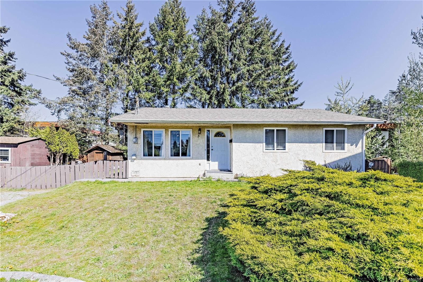 Main Photo: 3 2170 Spencer Rd in : Na Central Nanaimo House for sale (Nanaimo)  : MLS®# 873190