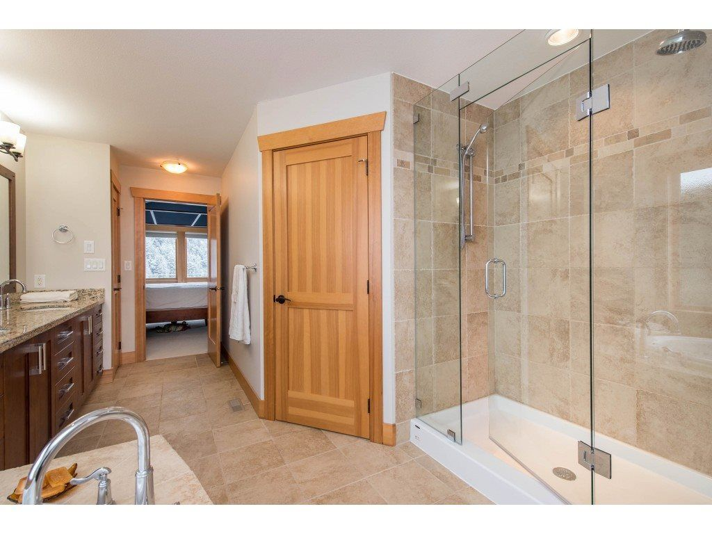 """Photo 26: Photos: 115 45473 ARIEL Place: Cultus Lake House for sale in """"Riverstone Heights"""" : MLS®# R2539139"""