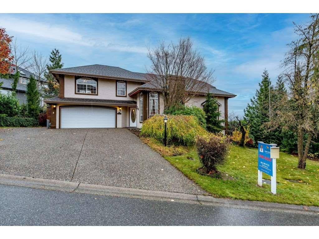 "Main Photo: 36042 EMPRESS Drive in Abbotsford: Abbotsford East House for sale in ""Regal Peak Estates"" : MLS®# R2517086"