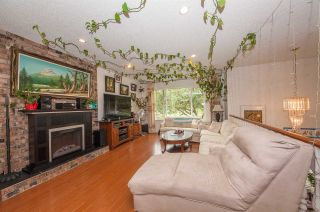 Photo 4: 14963 98 Avenue in Surrey: Guildford House for sale (North Surrey)  : MLS®# R2502958