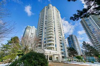 """Photo 1: 1704 6188 PATTERSON Avenue in Burnaby: Metrotown Condo for sale in """"THE WIMBLEDON CLUB"""" (Burnaby South)  : MLS®# R2341545"""